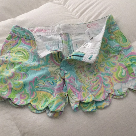 Lilly Pulitzer Pants - Lilly Pulitzer Buttercup shorts
